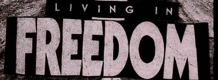 living_header3